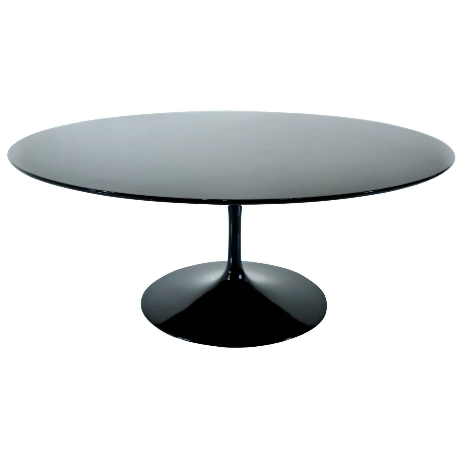 36 Tulip Table Eero Saarinen Tulip Round Coffee Table At 1stdibs