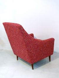 Mid Century Armed Lounge Chair at 1stdibs