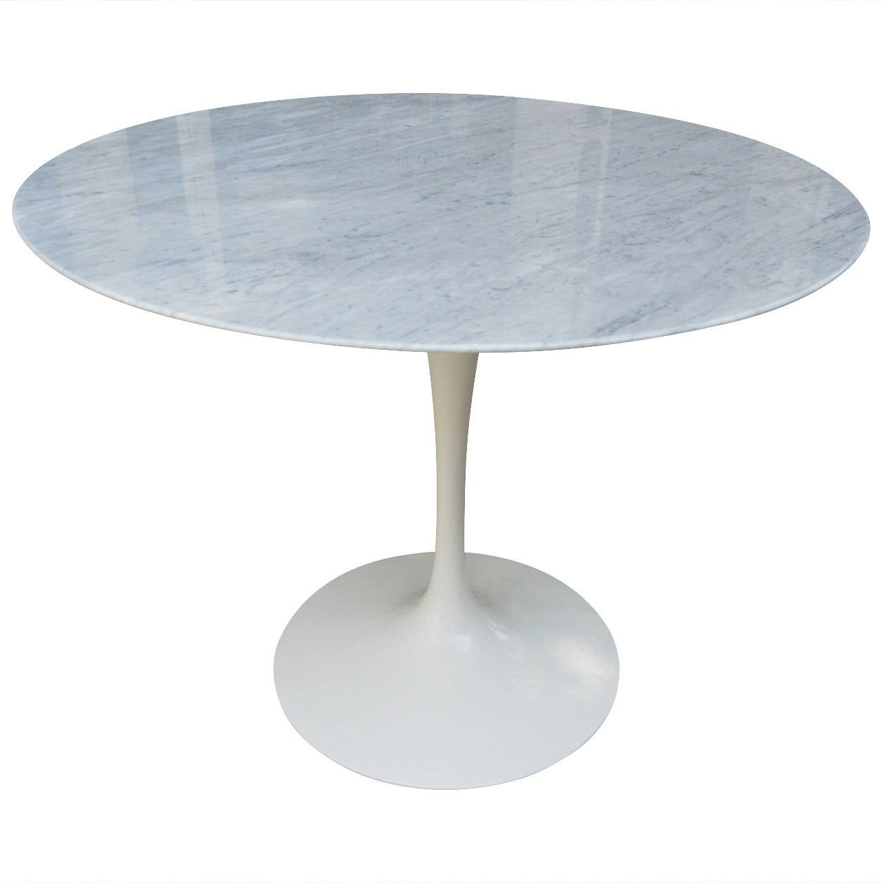 36 Tulip Table Eero Saarinen Tulip Dining Table In Marble At 1stdibs