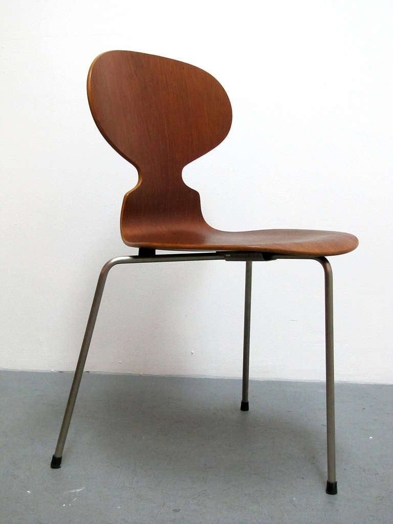 Trio Of Arne Jacobsen Ant Chairs For Sale At 1stdibs - Arne Jacobsen Chair