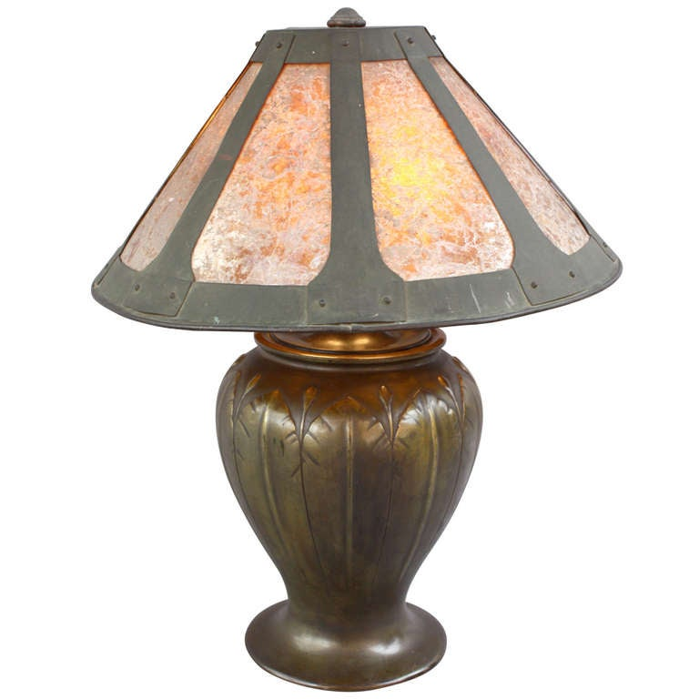 Elegant 1910 Arts And Craft Lamp For Sale at 1stdibs