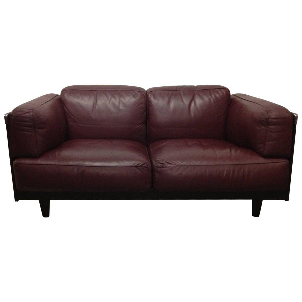 Leather sofa by poltrona frau 1