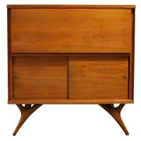 Mid-Century Modern Bar Cabinet at 1stdibs