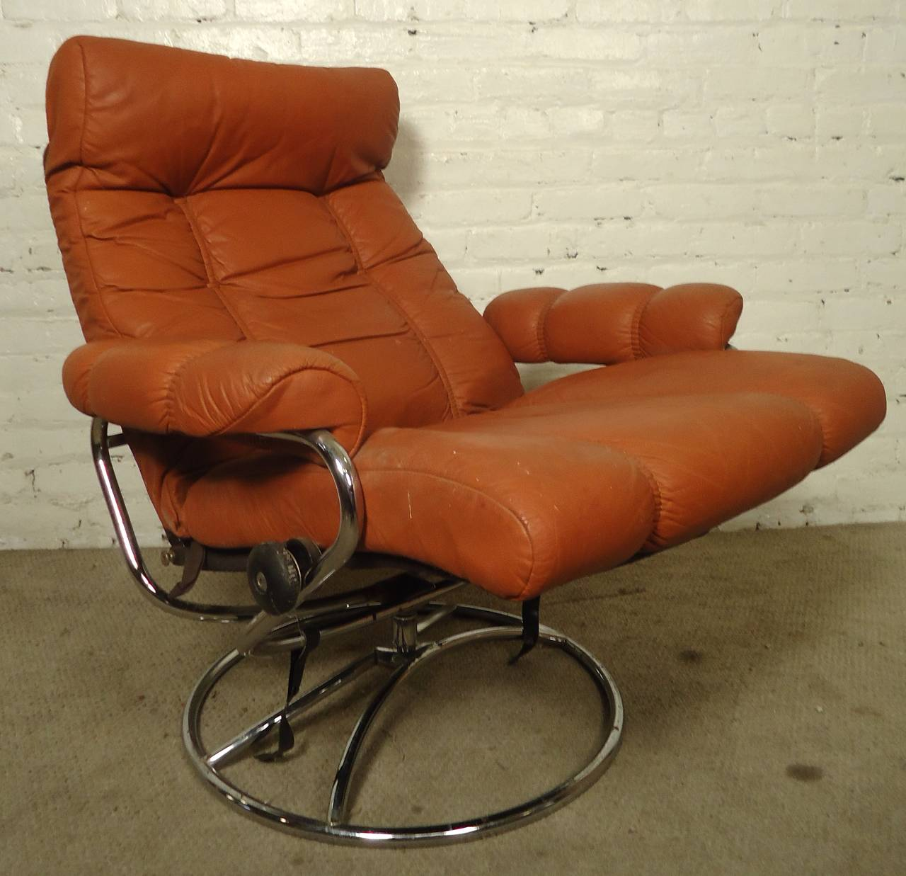 Leather Chairs And Ottomans Sale Mid Century Reclining Chair And Ottoman By Ekornes Stressless