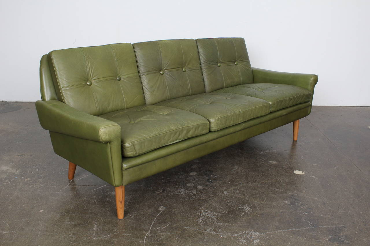 Møbler Sofa Mid Century Modern Green Leather Sofa By Skippers Mobler