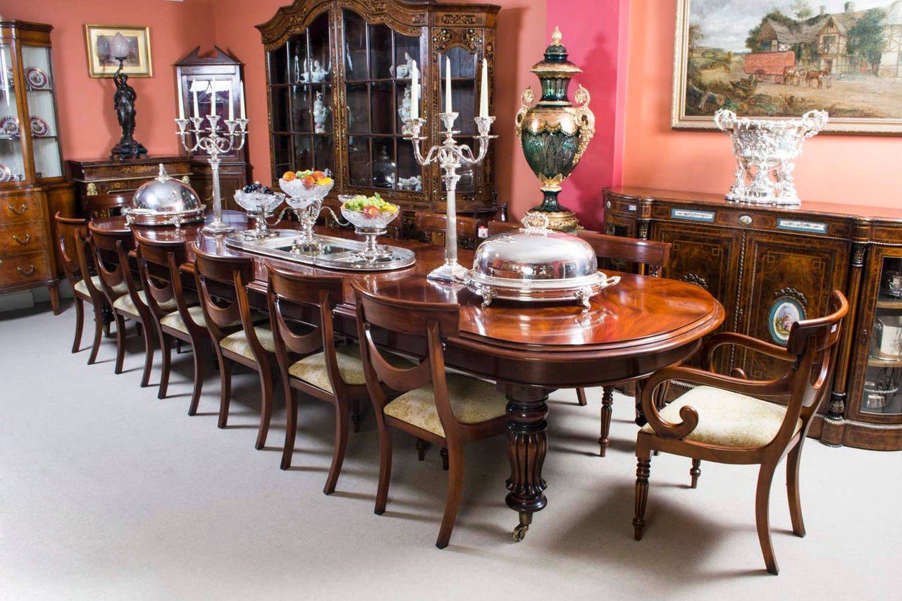 Vintage Victorian Mahogany Dining Table With 14 Chairs At