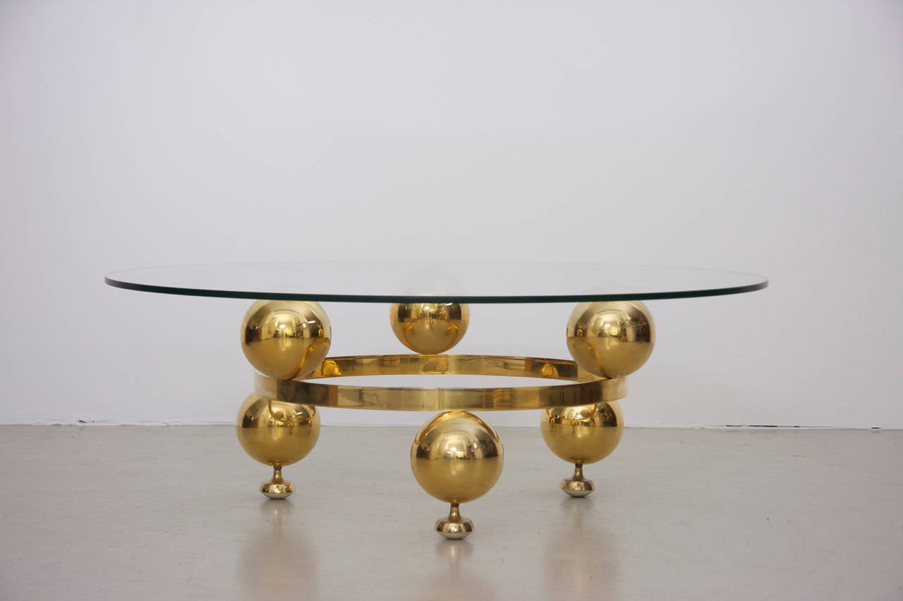 Messing Couchtisch Mit Glasplatte Round Brass Sputnik Coffee Table With Glass Top For Sale