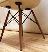 Pair of Eames Zenith DAW Fiberglass Lounge Chairs with ...