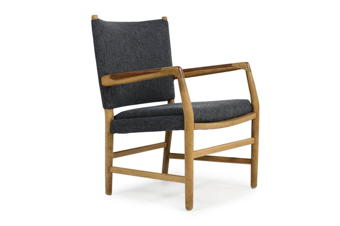 Aarhus Sessel 1950s Hans J Wegner Town Hall Chair Oak And Teak Mid Century Modern Design