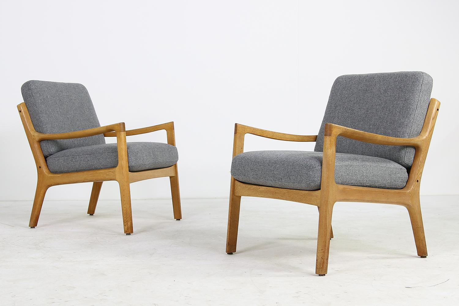 Ole Wanscher Sessel Pair Of 1960s Ole Wanscher Oak Lounge Chairs New Upholstery In Grey Danish