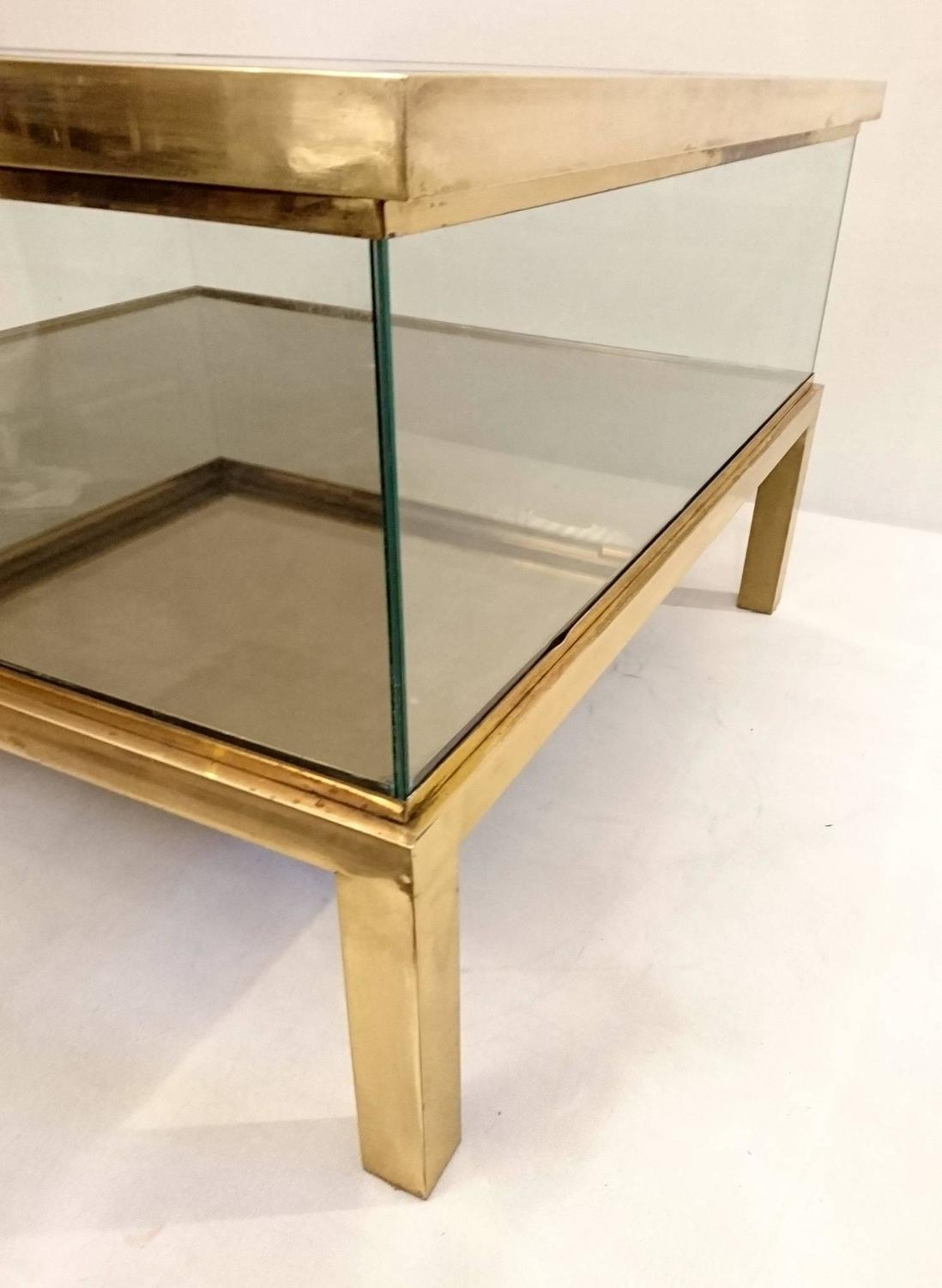 Couchtisch Glas Verschiebbar Sliding Top Coffee Table Glass And Brass For Sale At 1stdibs