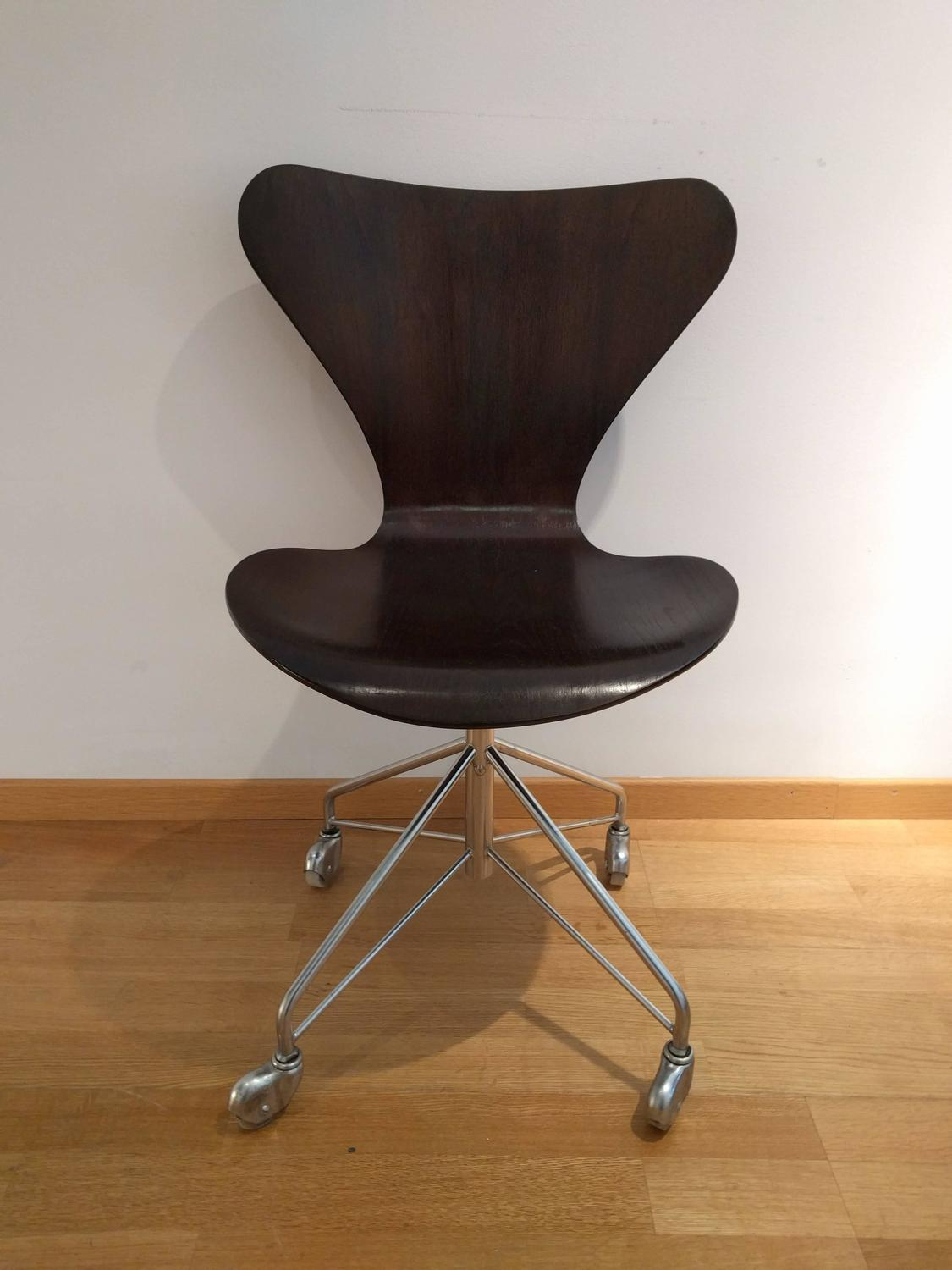 Z Chair For Sale Arne Jacobsen Office Chair 1970 For Sale At 1stdibs