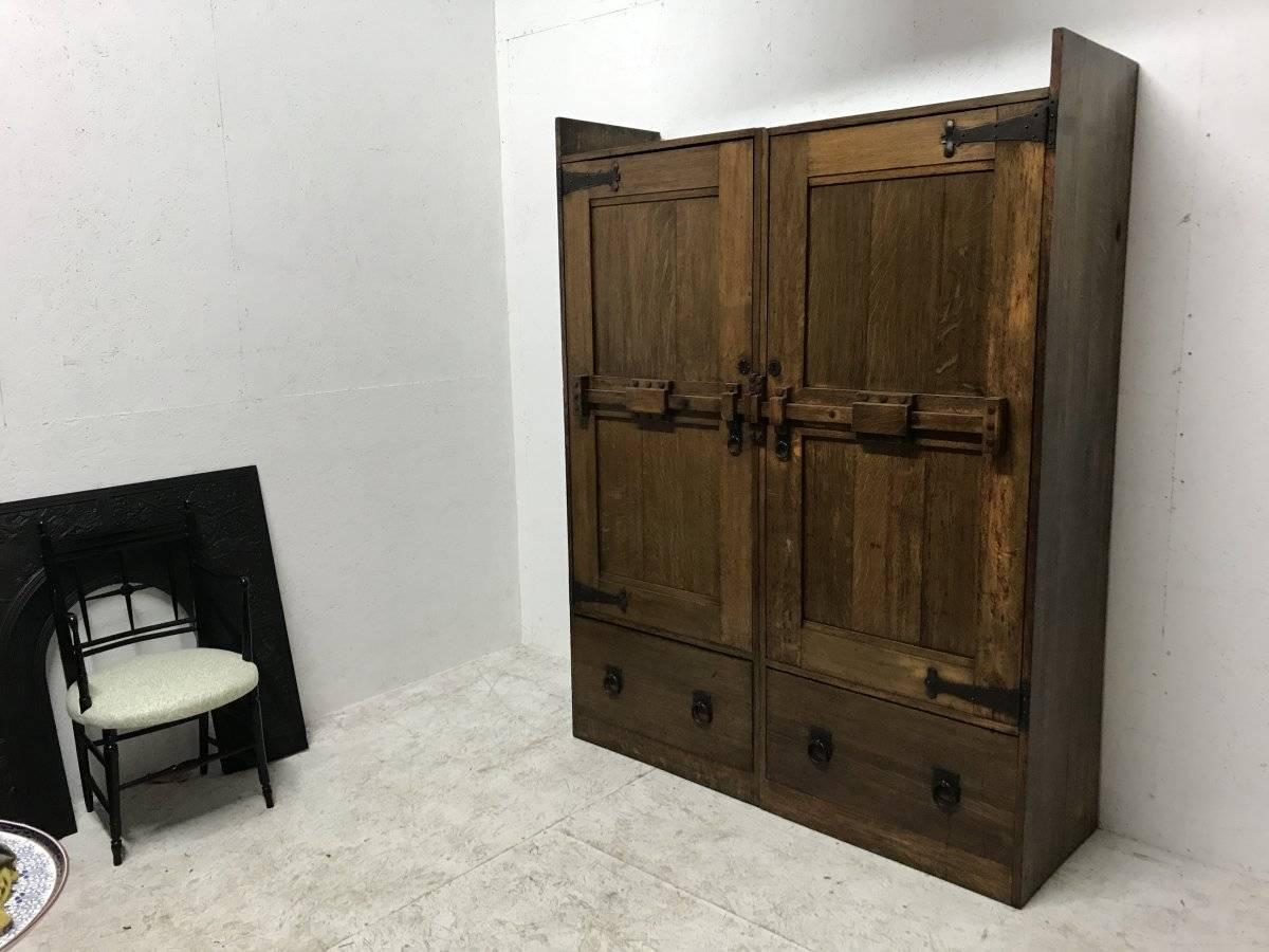 Wylie And Lochhead A Large Arts And Crafts Oak Wardrobe