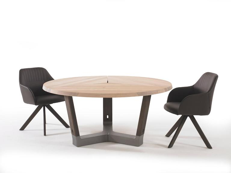 Arco Base Dining Table In Solid Wood With Concrete Detail