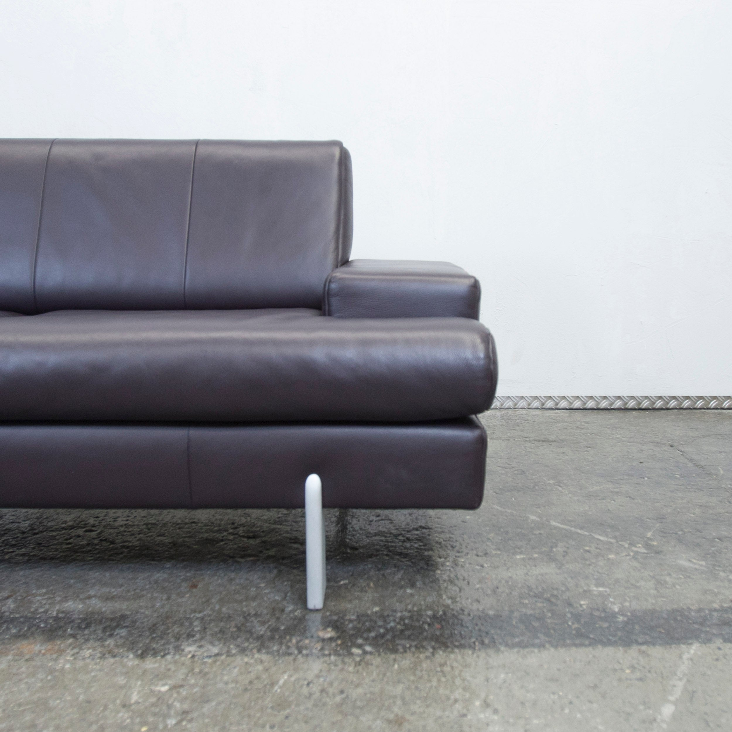 Moderne Küchenregale Lila Couch
