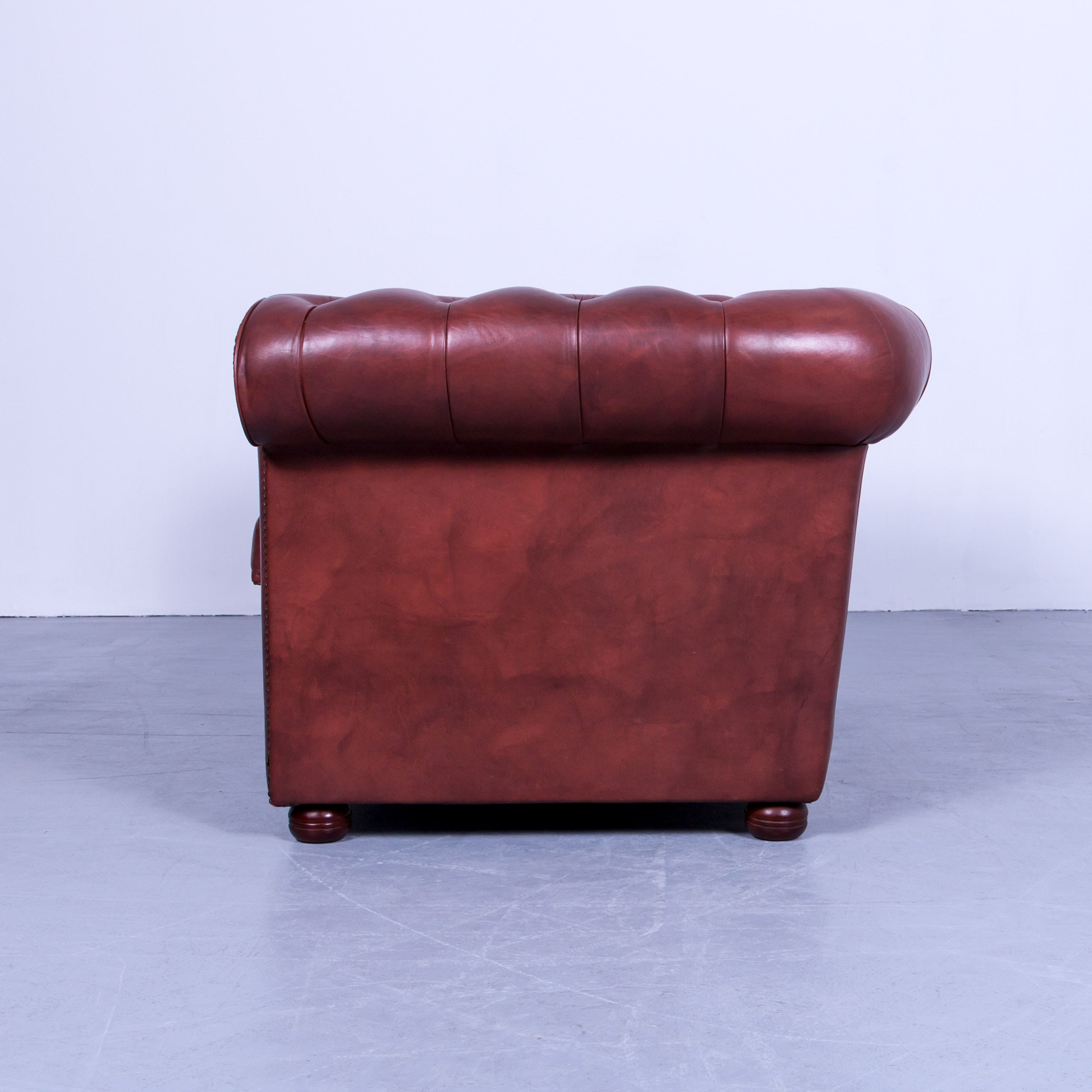 Clubsofa Leder Chesterfield Two Seat Sofa Red Brown Vintage Retro Handmade Rivets