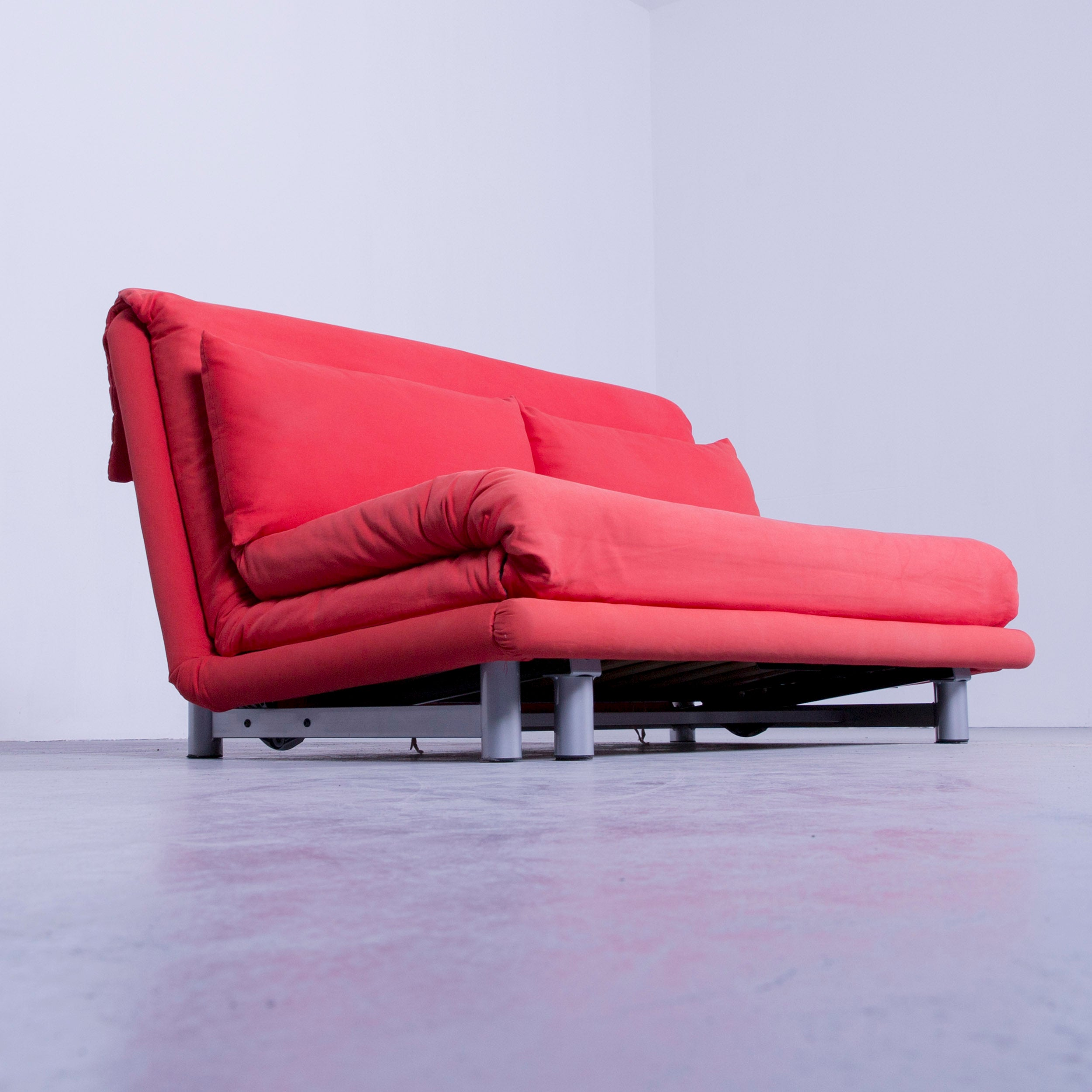Sessel Ligne Roset Original Ligne Roset Multy Cloth Sleeping Couch Red Two Seat Function Modern