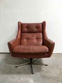 Midcentury Danish Modern Swivel Chair For Sale at 1stdibs