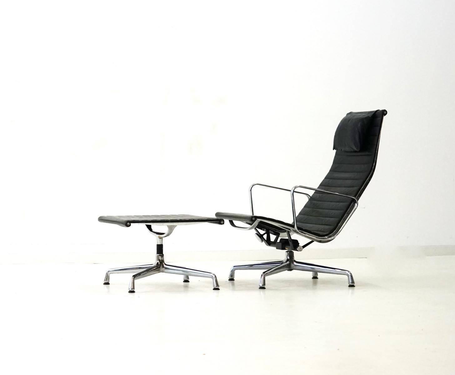 Lounge Sessel Eames Ea 124 125 Vitra Lounge Chair By Charles Ray Eames