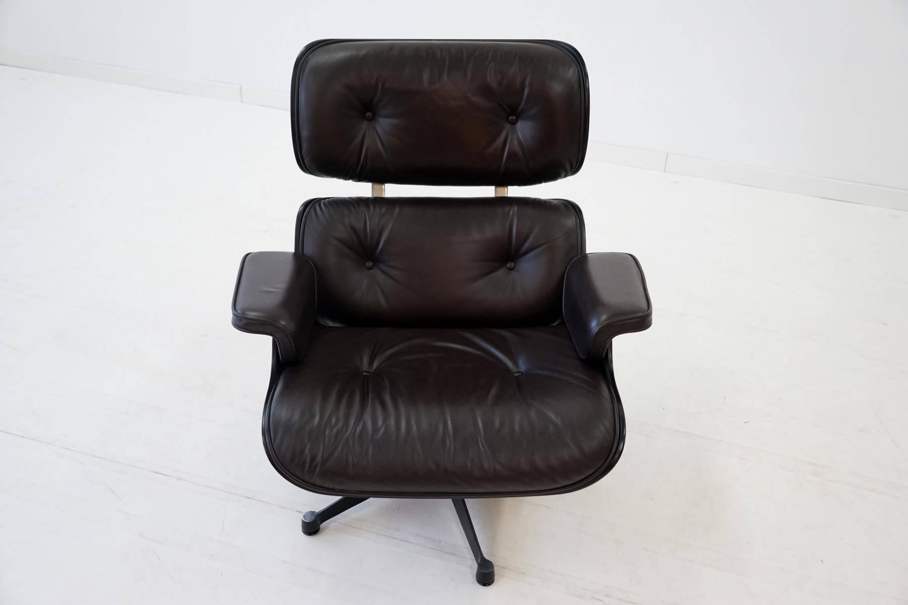 Eames Chair Sessel Original Lounge Chair By Charles Eames Vitra From Exhibition