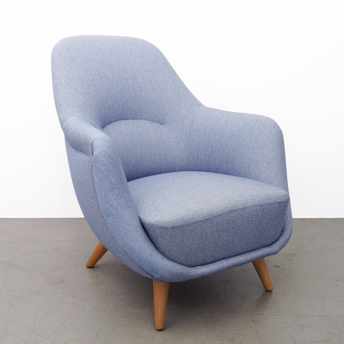 Karton Sessel Lounge Chair In Neutral Fabric Of The 1950s