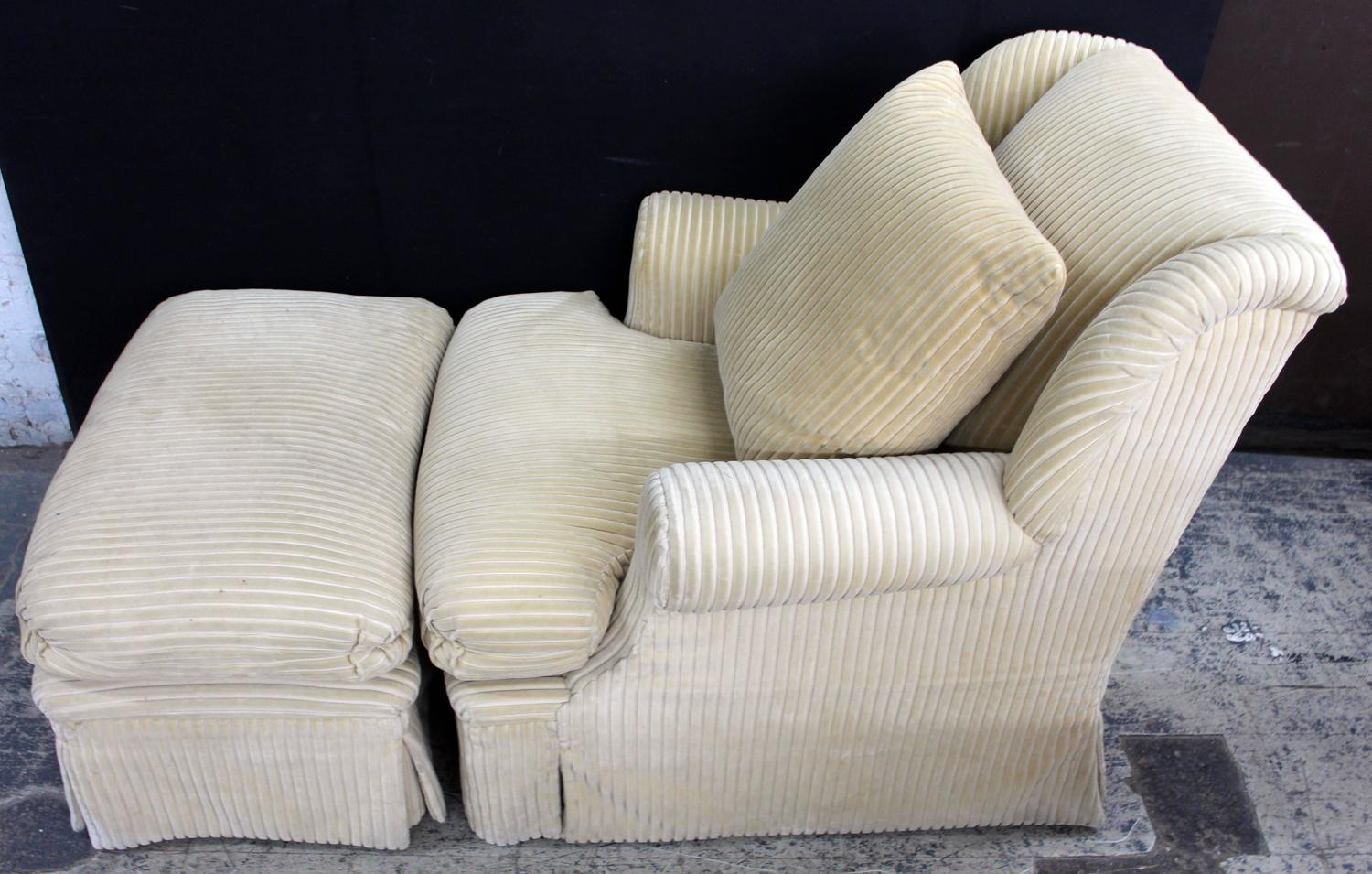Comfy Chair With Ottoman Large And Comfortable Club Chair And Matching Ottoman For