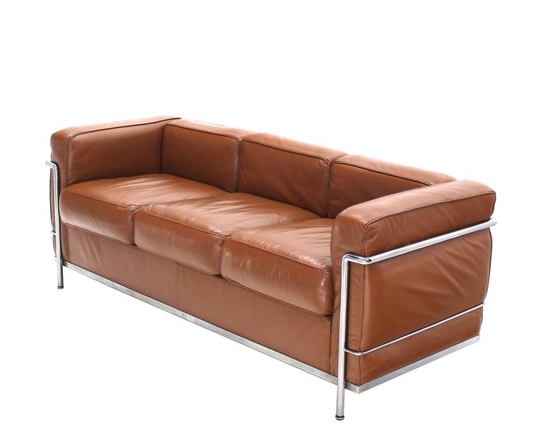 Sofa Le Corbusier Le Corbusier Lc2 Cassina Brown Leather Three-seat Sofa At ...