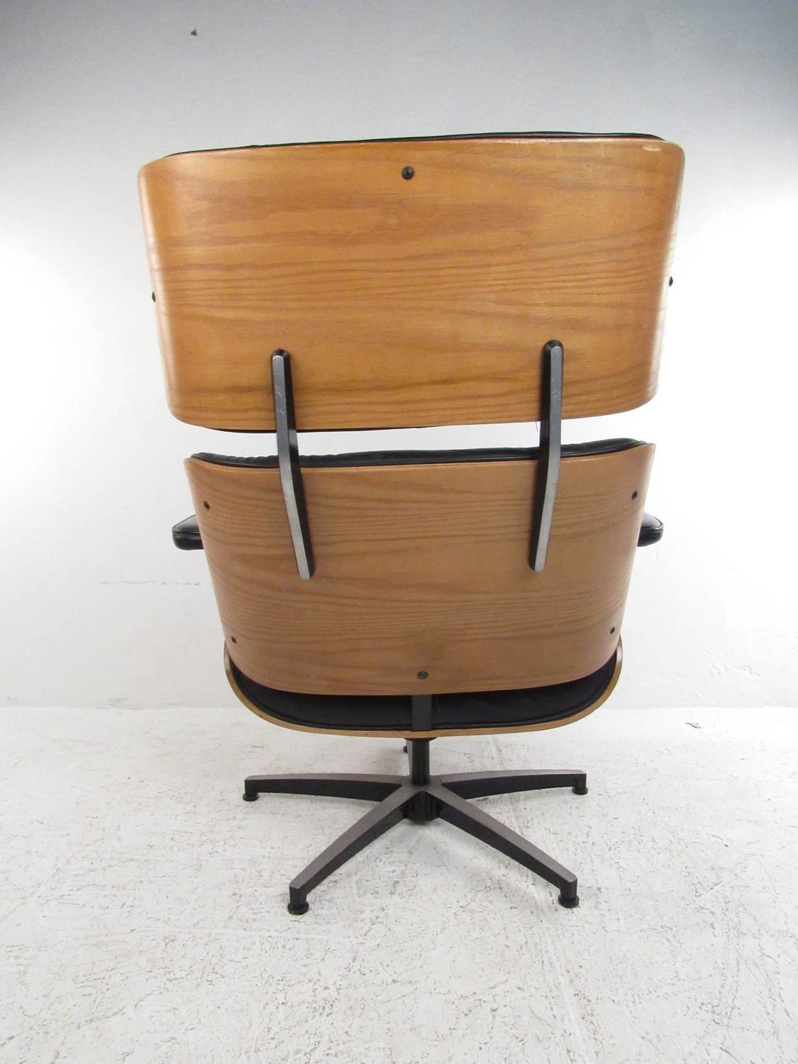 Z Chair For Sale Vintage Modern Eames Style Swivel Lounge Chair For Sale At