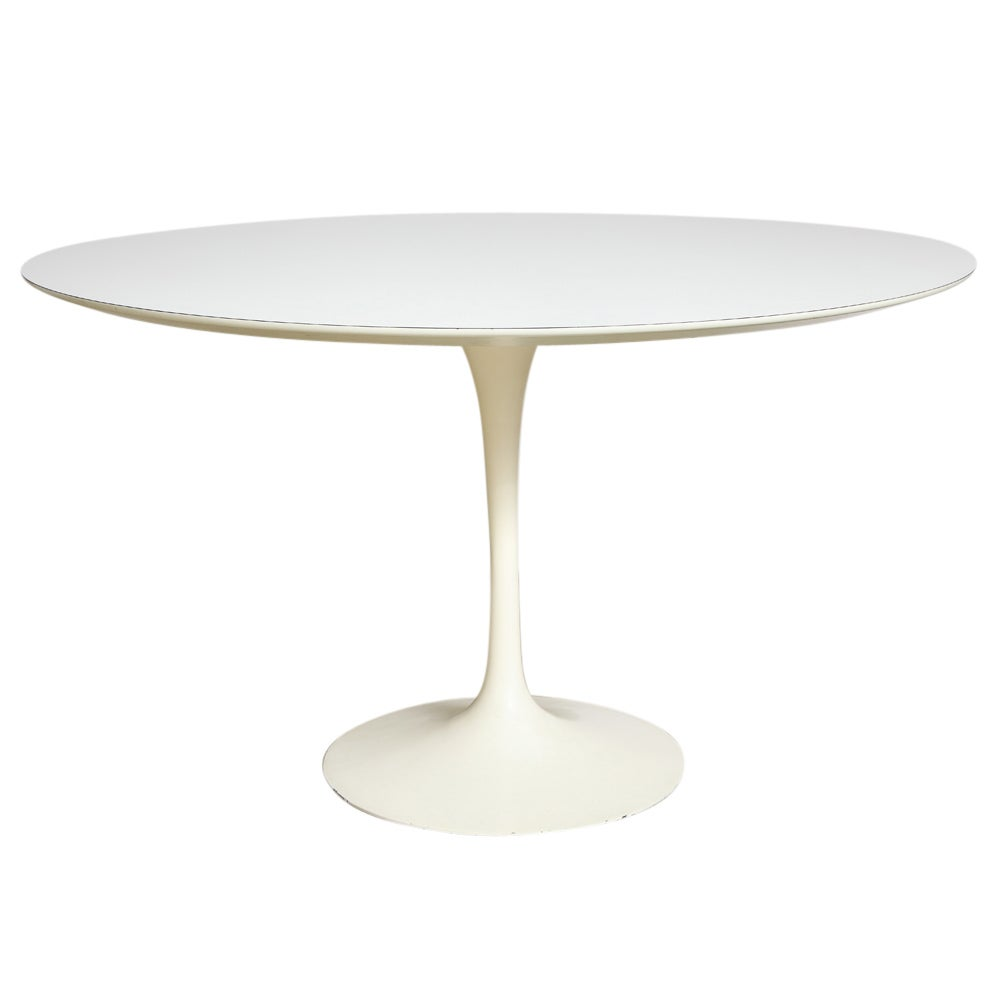 Saarinen Knoll Table Knoll Saarinen Round Dining Table White Laminate Cast Iron