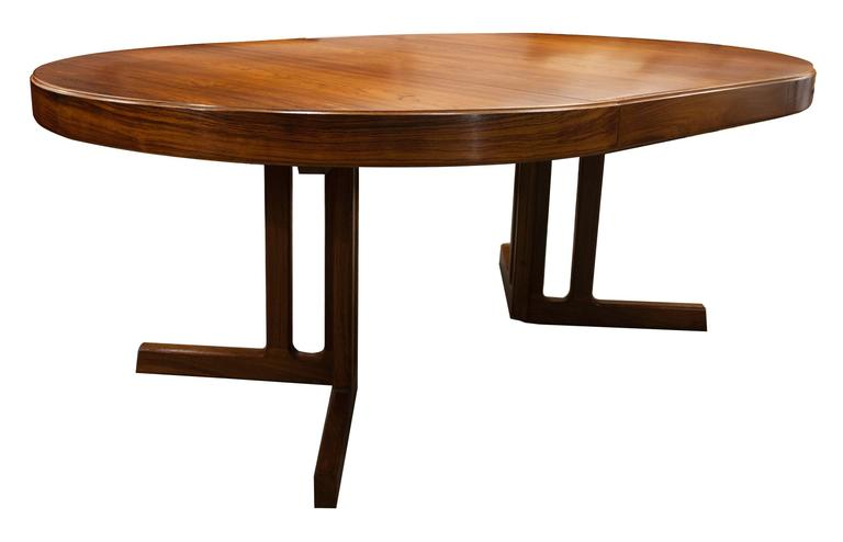 Mid Century Modern Design Rosewood Dining Table At 1stdibs