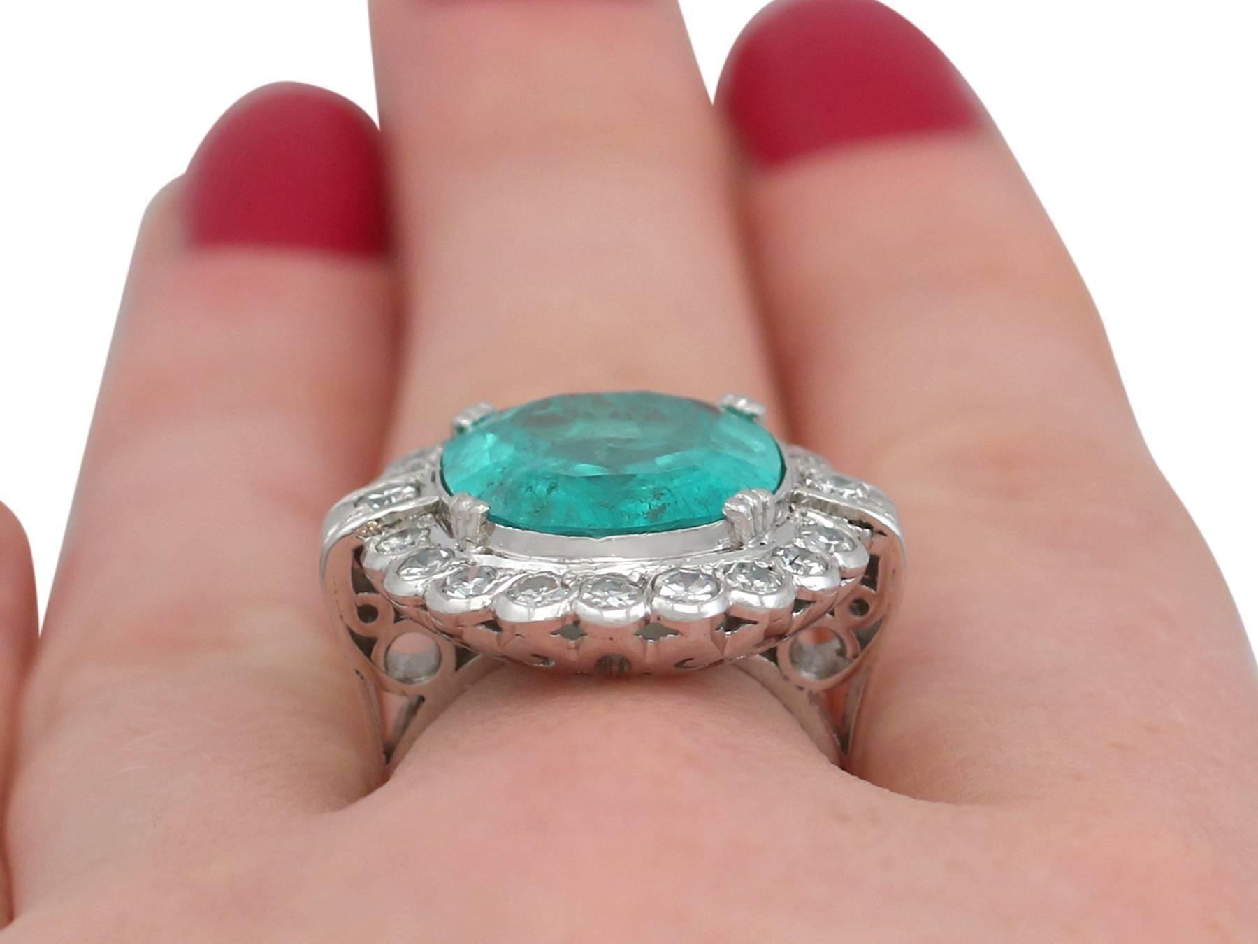 Comfortable 1950s 819 Carat Emerald And 148 Carat Diamond White Gold ...