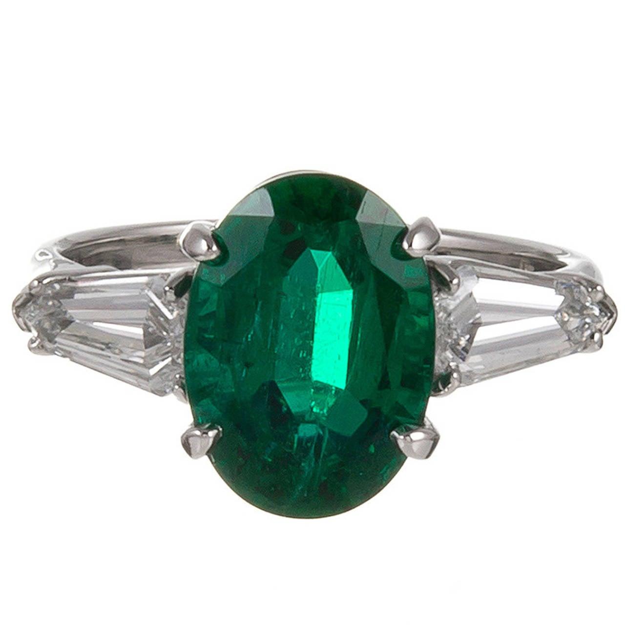 id j wedding ring Elegant 3 49 Carat Oval Emerald Kite Diamond Shoulders Platinum Engagement Ring 1