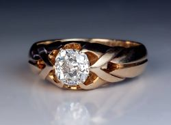 Rummy Circa Ring Features A Bright Cushion Cutdiamond X Carat Diamond G Ring At 1 Carat Diamond Ring On Finger 1 Carat Diamond Ring On Hand