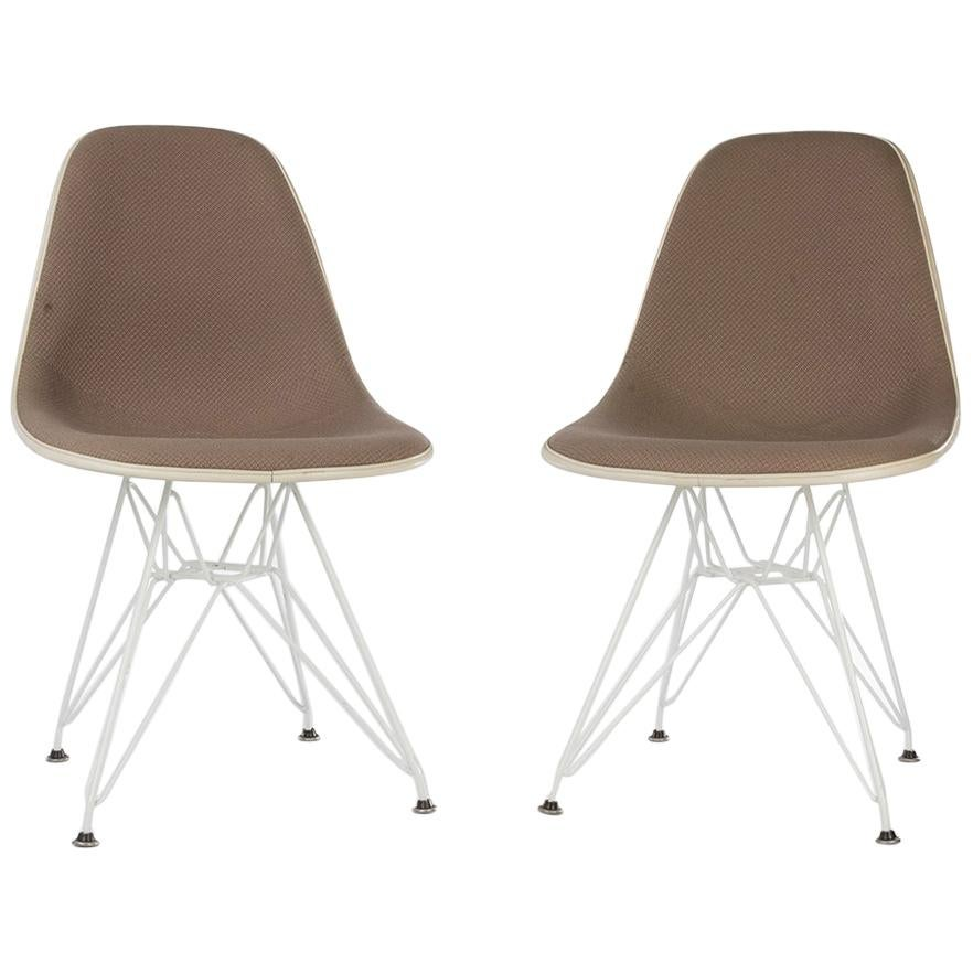 Eames Chair Beige Beige Hopsack Pair Of 2 Herman Miller Eames Upholstered Dsr Dining Side Chairs
