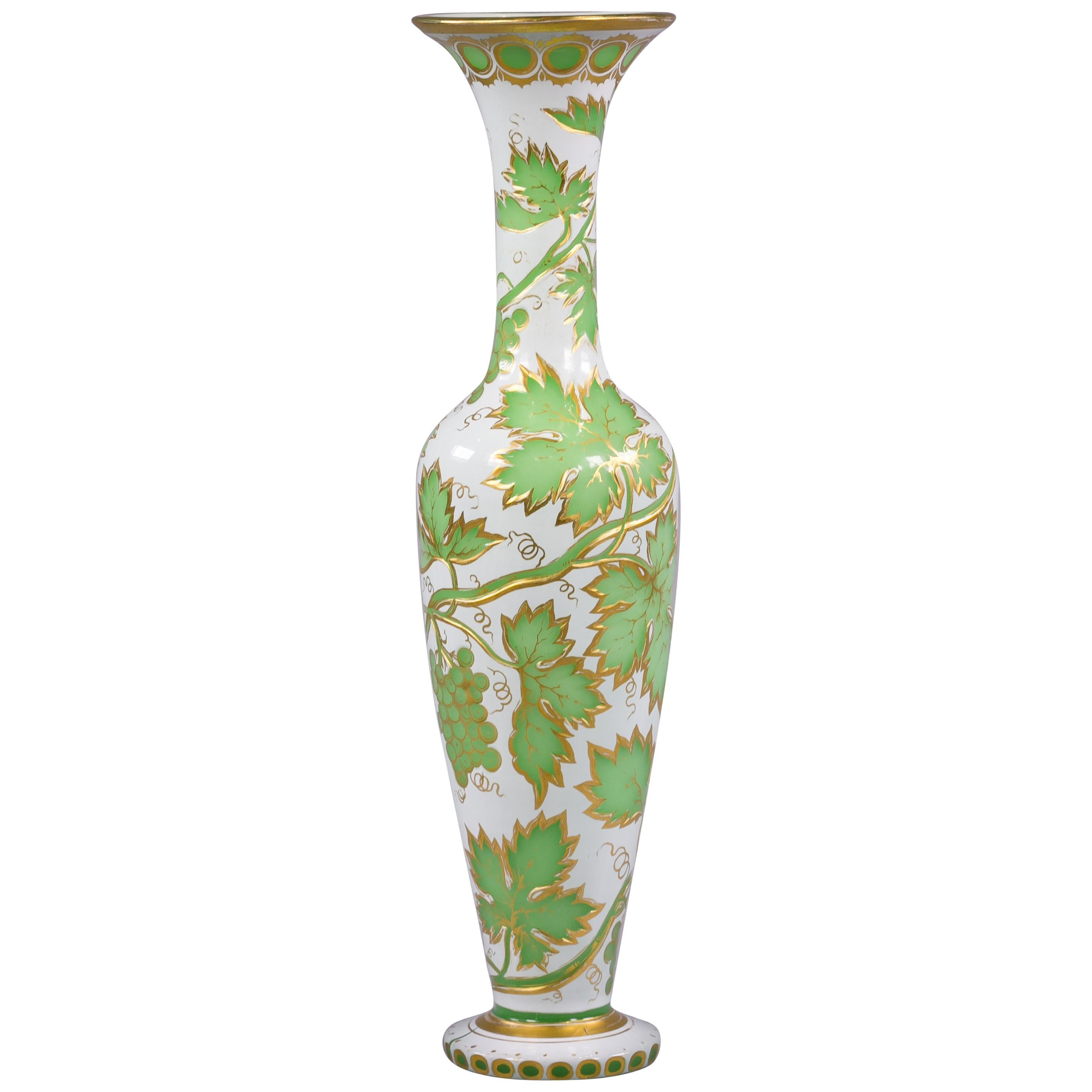 Grüne Vase Pair Of Bohemian Green And Gilt Glass Vases Circa 1840