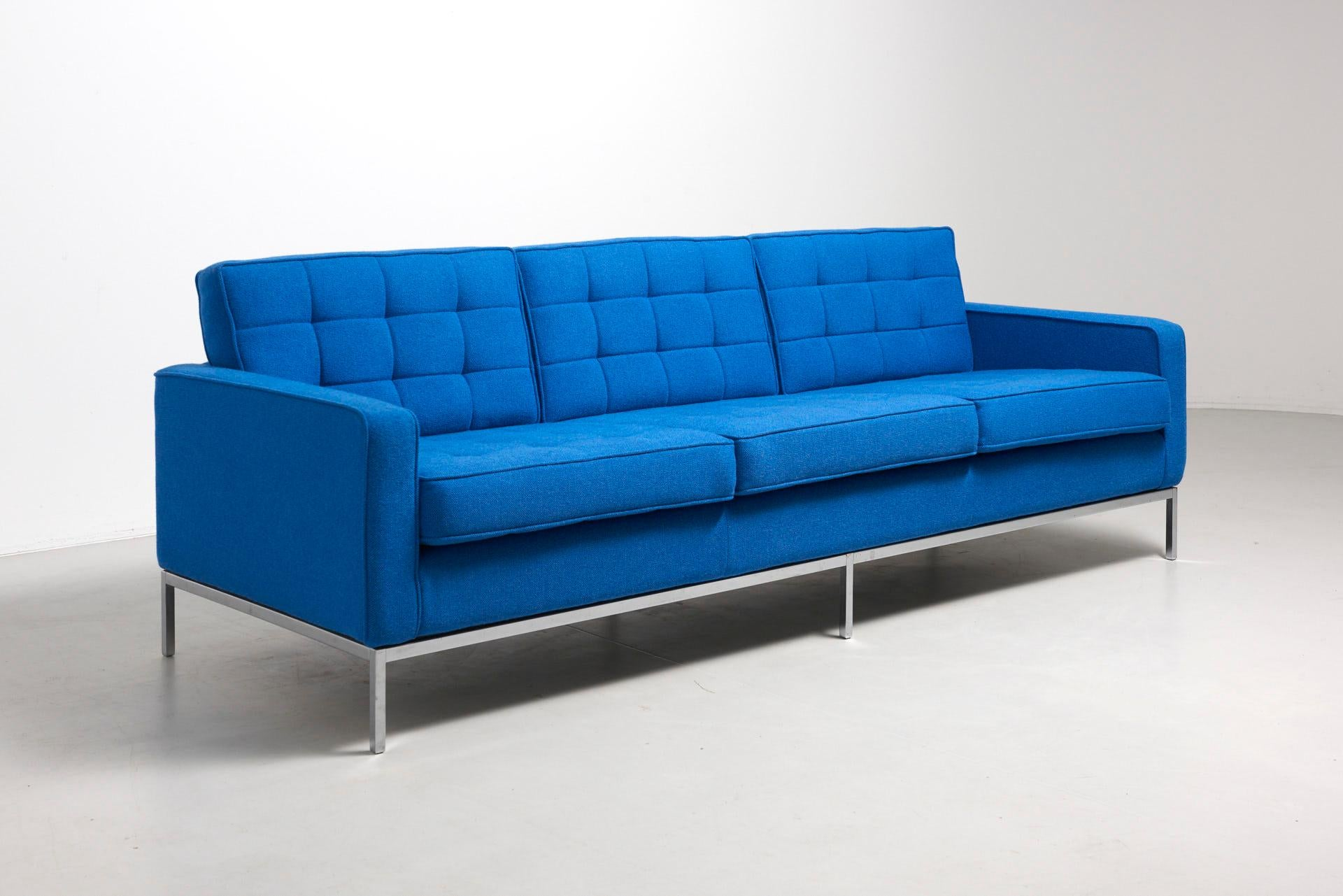 Florence Knoll Sessel Clear Blue 3 Seat Sofa By Florence Knoll 1954