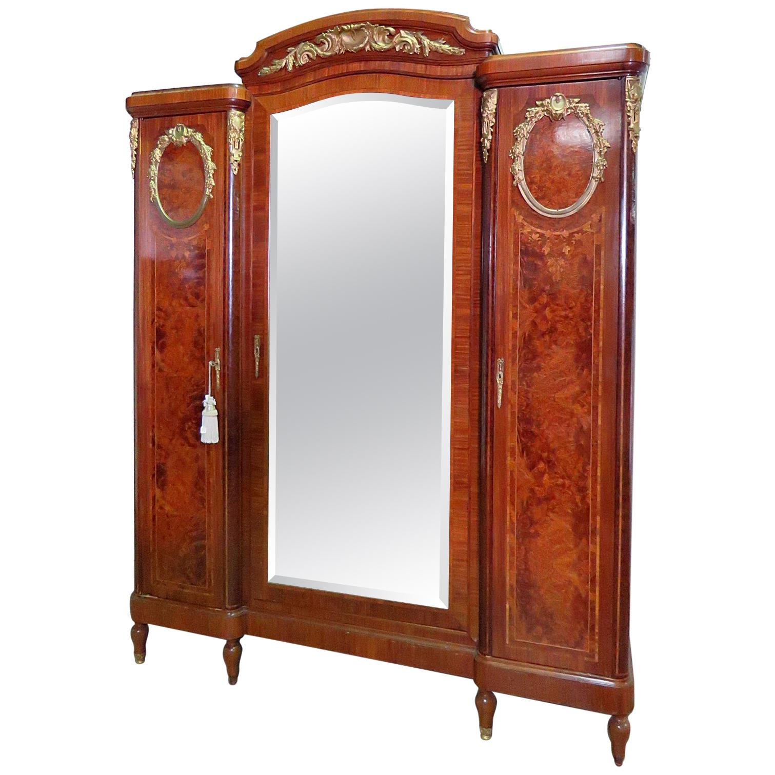 Armoire Dressing 150 Cm Metal Wardrobes And Armoires 498 For Sale At 1stdibs