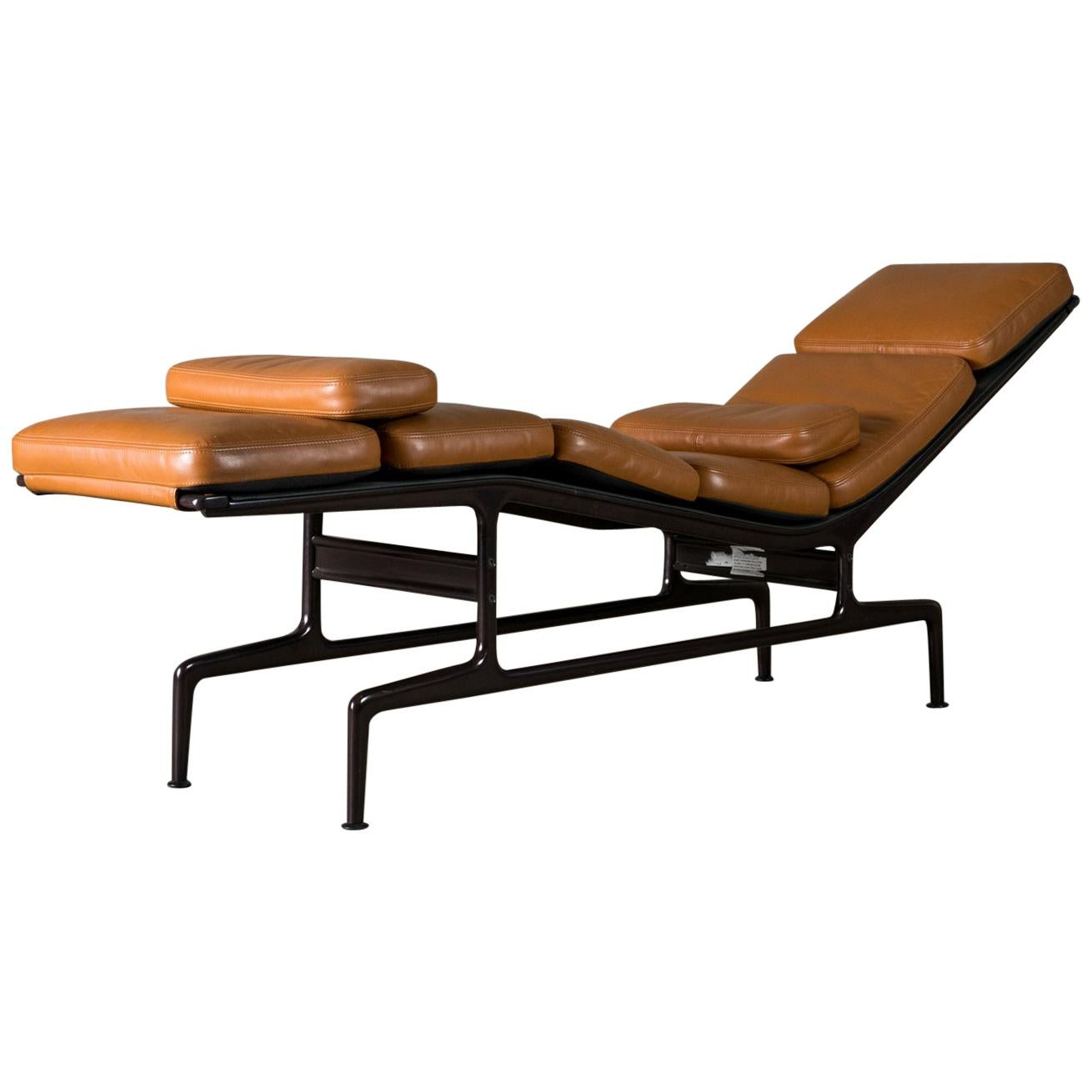 Chaise Design Eames Herman Miller Eames Chaise Lounge For Sale At 1stdibs