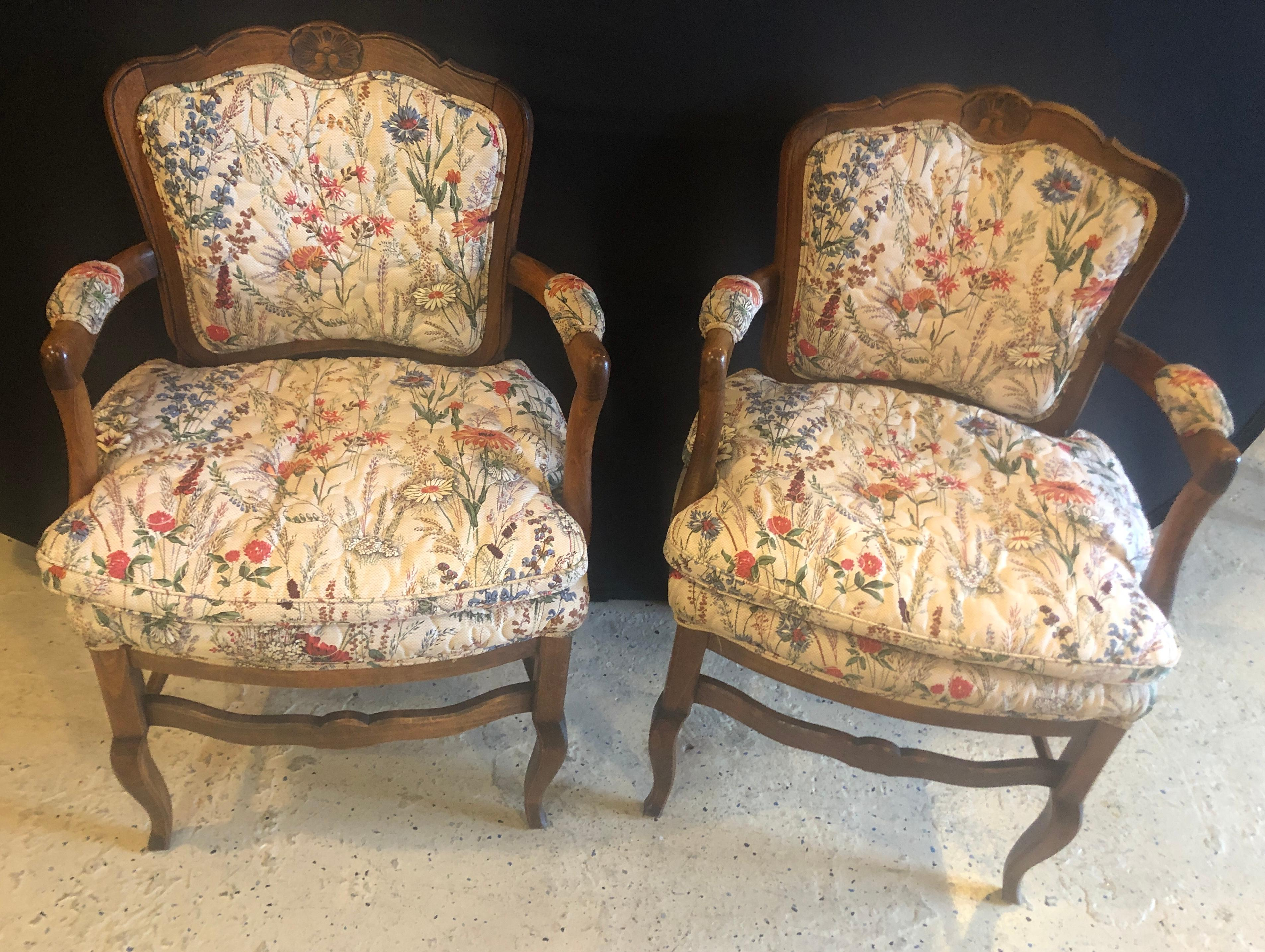 Country French Boudoir Fauteuil Louis Xv Chairs In Quilted Like Upholstery Pair For Sale At 1stdibs - Fauteuils Boudoirs