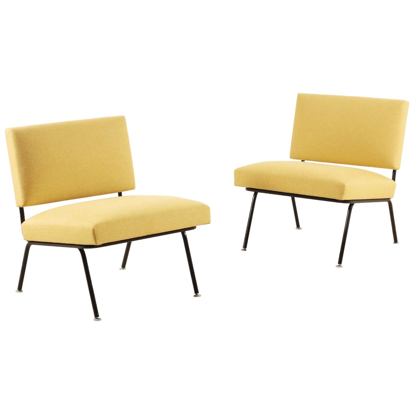 Knoll International Pair Of Florence Knoll Easy Chairs For Knoll International Circa 1955