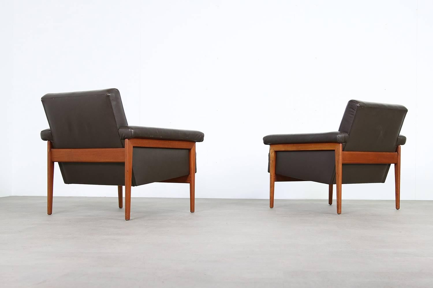 Pair Of Rare Danish 1960s Teak And Dark Brown Leather Lounge Chairs Armchairs At 1stdibs