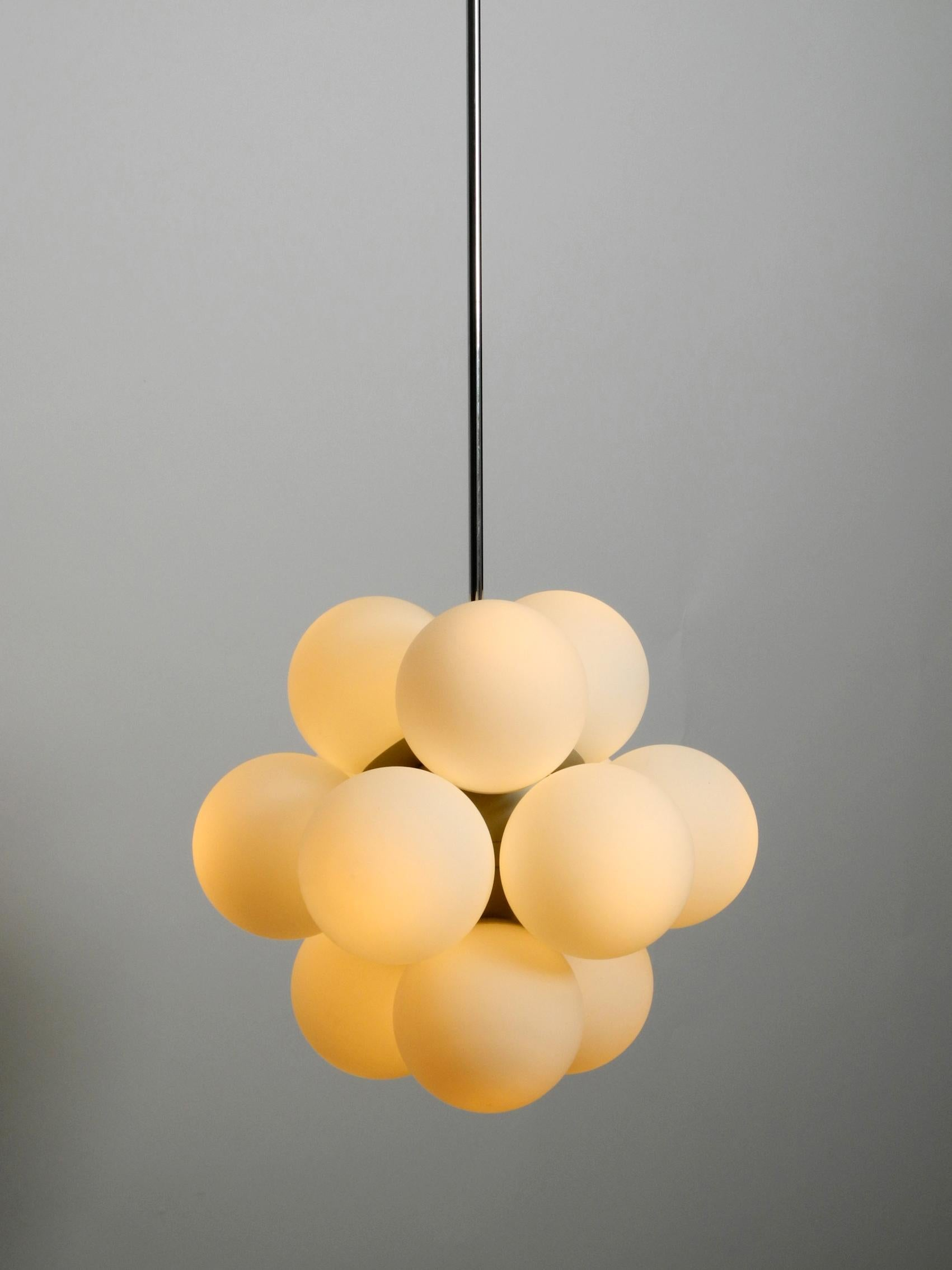 Leuchten Kaiser Unused 1960s Atomic Space Age Kaiser Leuchten Ceiling Lamp With 12 Glass Balls For Sale At 1stdibs