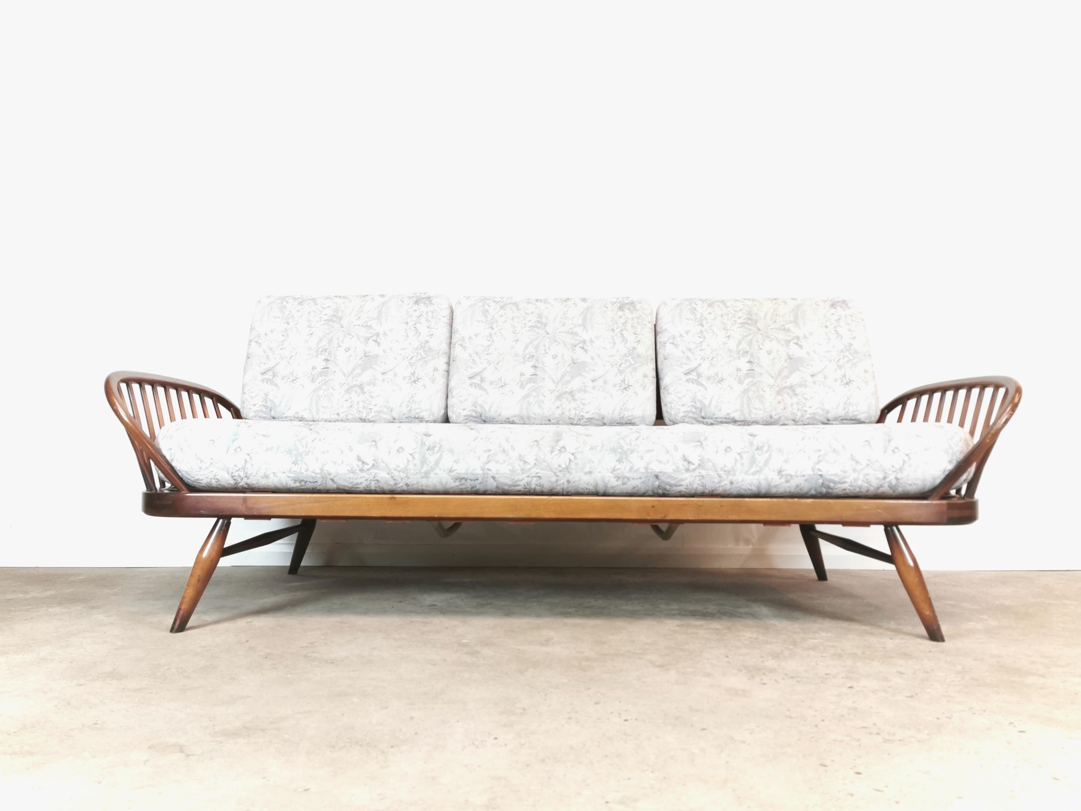Vintage Ercol Midcentury Studio Day Bed Couch Sofa And Cushions For Sale At 1stdibs