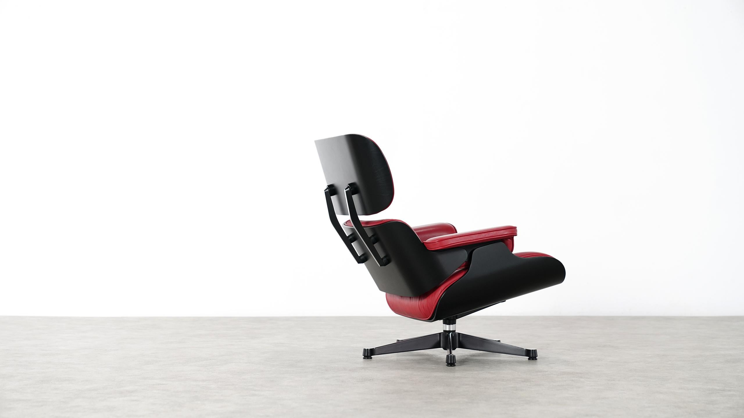 Vitra Eames Lounge Chair Black Vitra Charles Eames Lounge Chair And Ottoman By Vitra Red Leather Black Shells