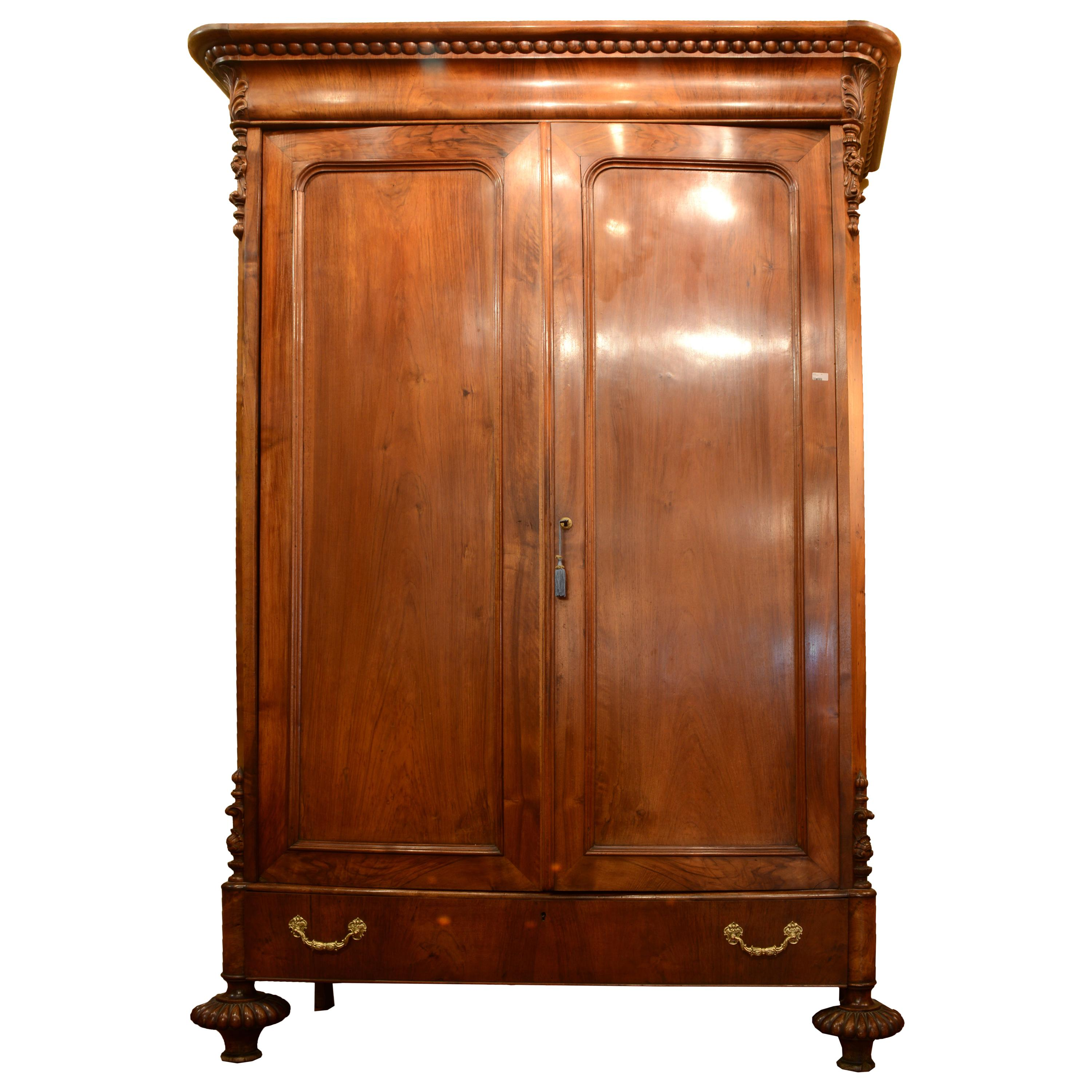 Wardrobe Furniture Antique And Vintage Wardrobes And Armoires 1 701 For Sale At 1stdibs