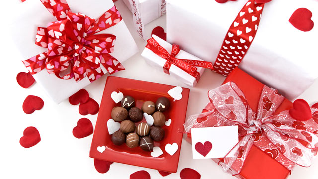 Valentineu0027s Day Gift Guide For New Flings and Longtime Loves - ABC - valentines day gifts