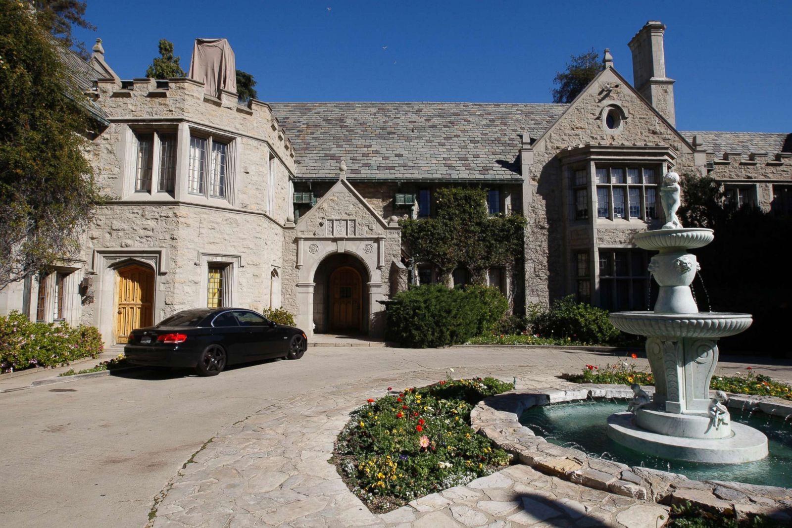 Fullsize Of Barbi Benton House