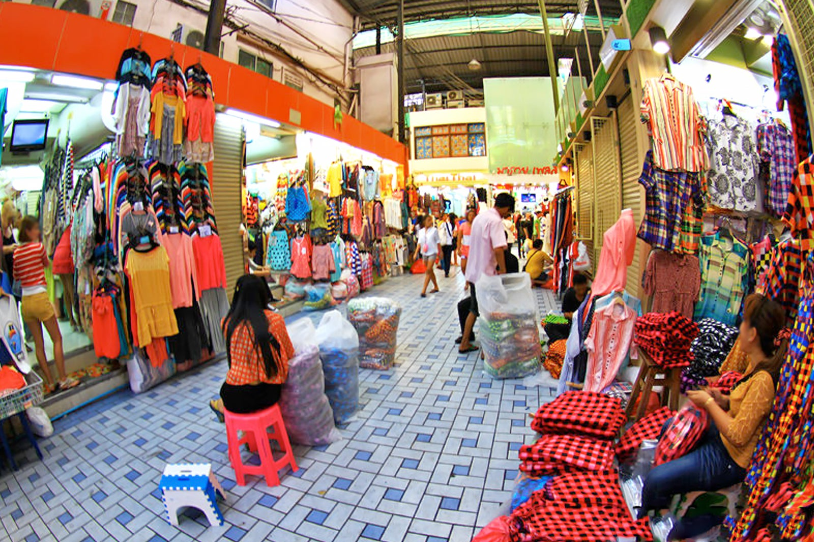 Wholesale Beauty Vendors Pratunam Market In Bangkok Bangkok Wholesale Market