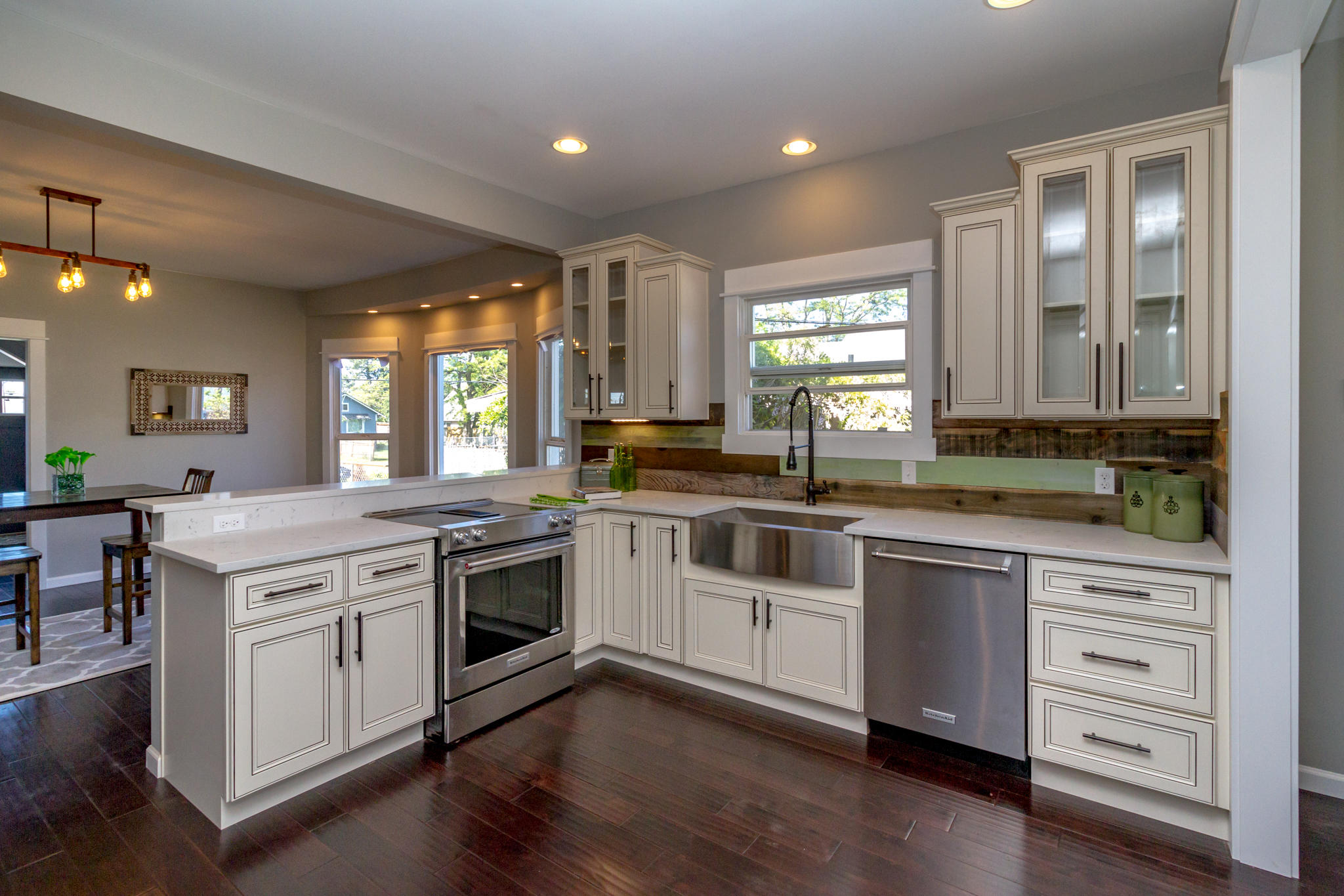 Fullsize Of Lily Ann Cabinets