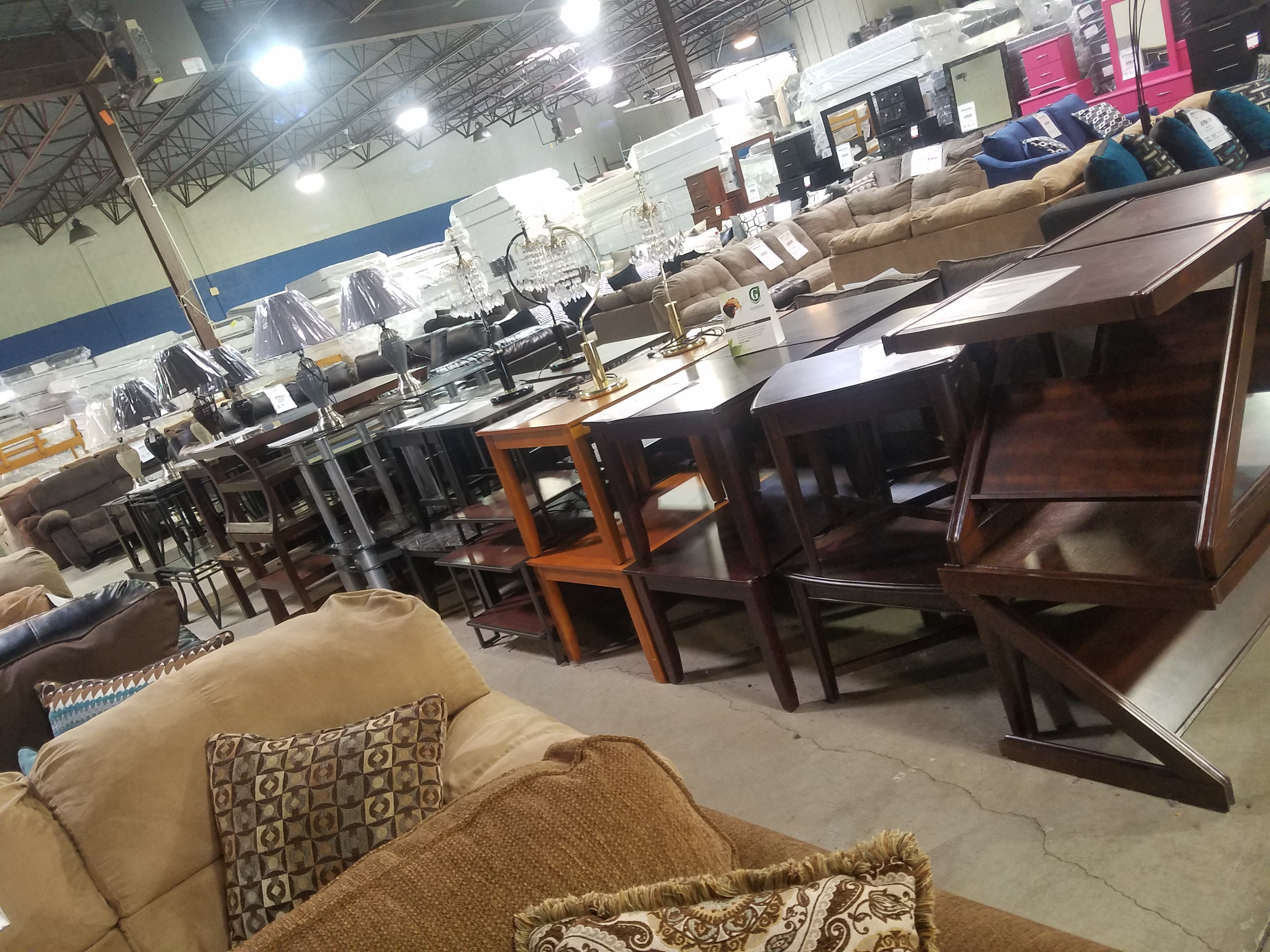 Livonia Furniture Stores American Freight Furniture And Mattress In Livonia Mi